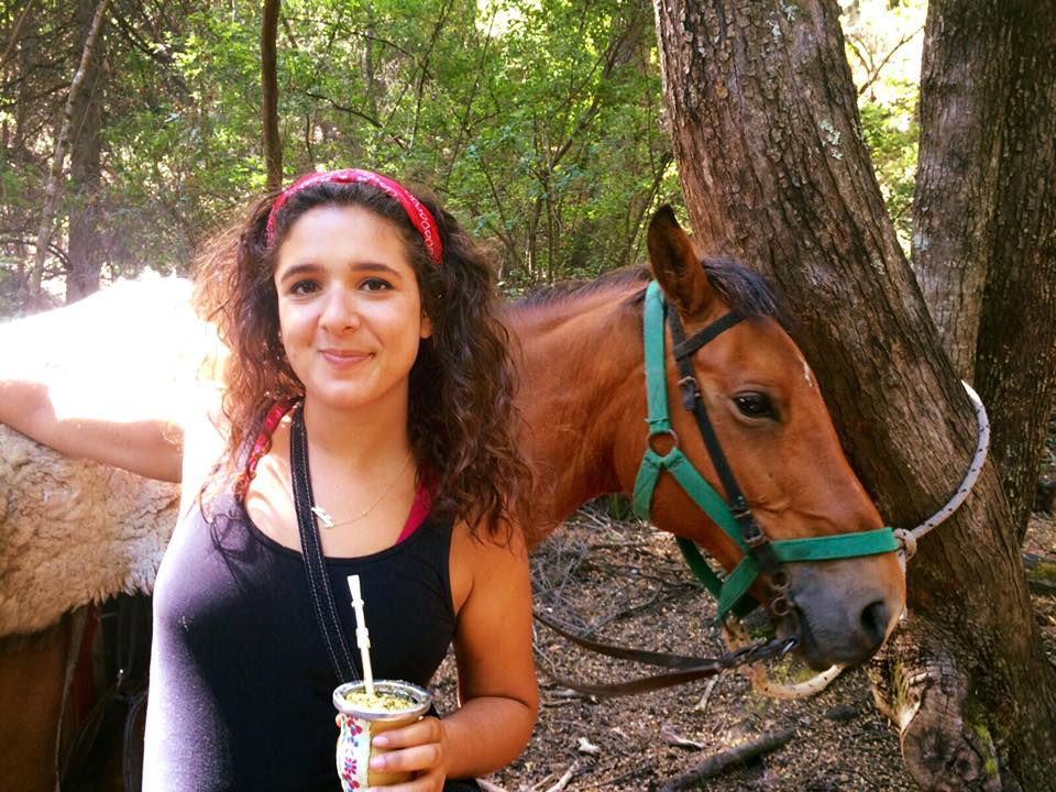 Drinking maté and horseback riding are some of my favorite things