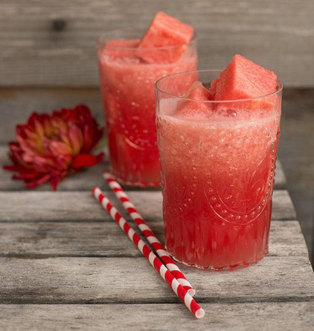 http://www.bhg.com/blogs/delish-dish/2013/07/18/lets-party-watermelon-margaritas/