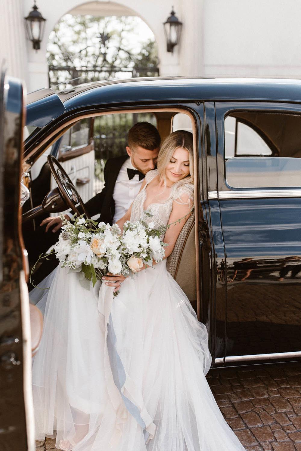 fine art ethereal wedding florals ann arbor