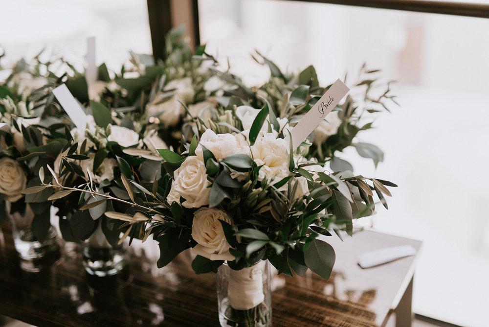 custom wedding planners detroit michigan event design paper goods florals bouquets
