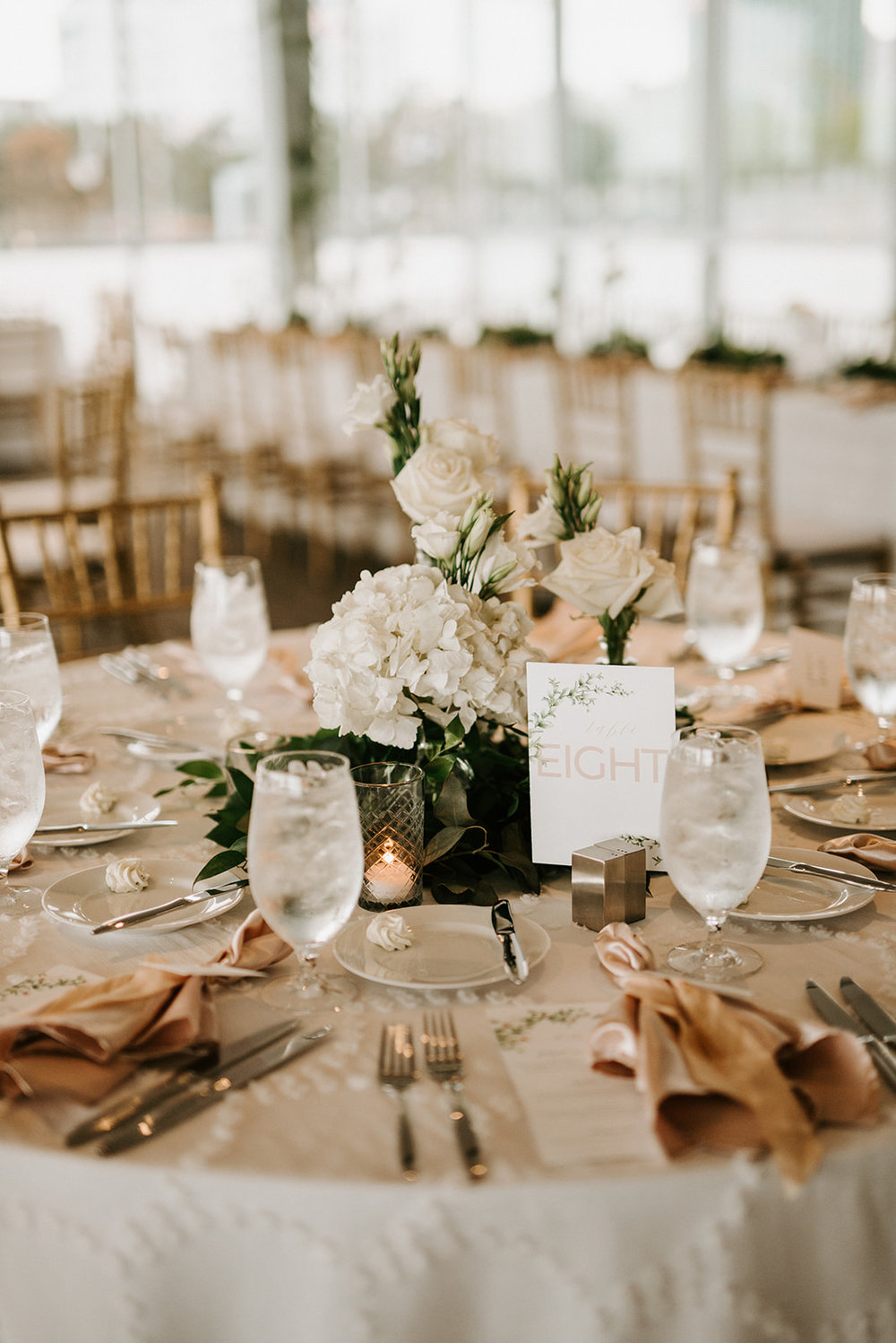 custom wedding planners detroit michigan event design paper goods florals neutral place settings