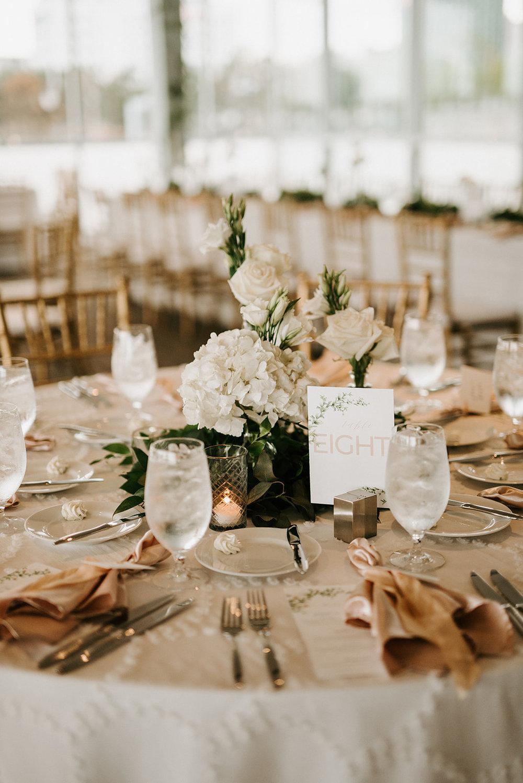 custom wedding planners detroit michigan event design paper goods florals neutral place settings
