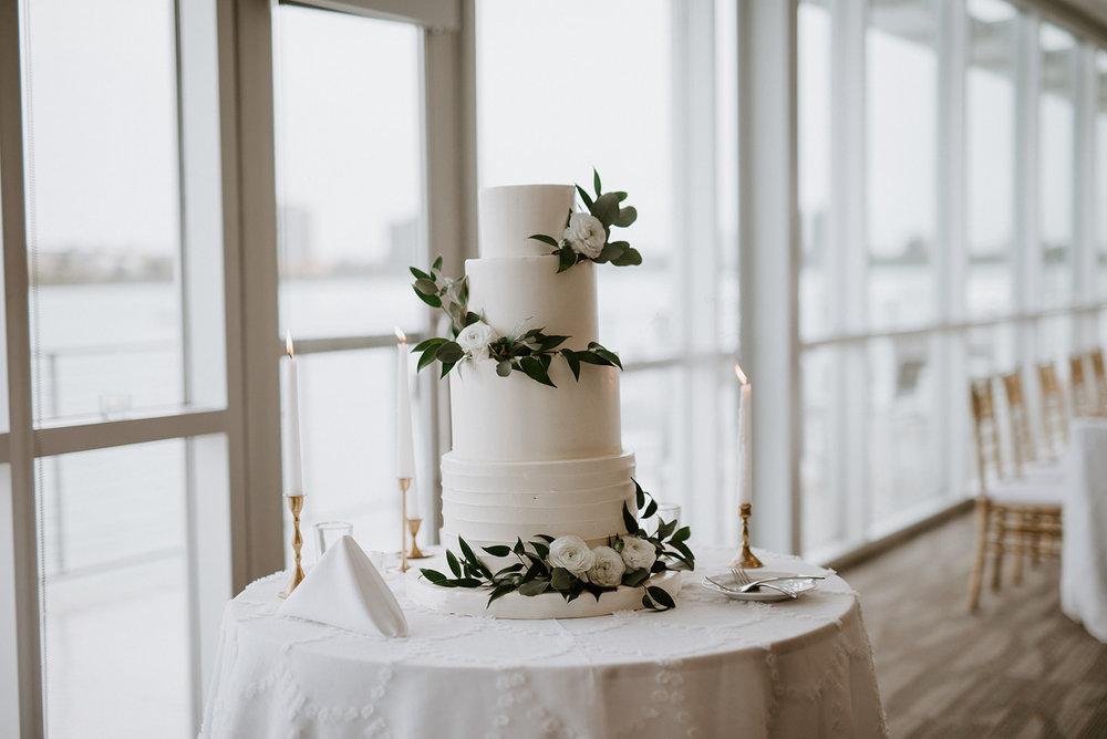 custom wedding planners detroit michigan event design paper goods florals cake