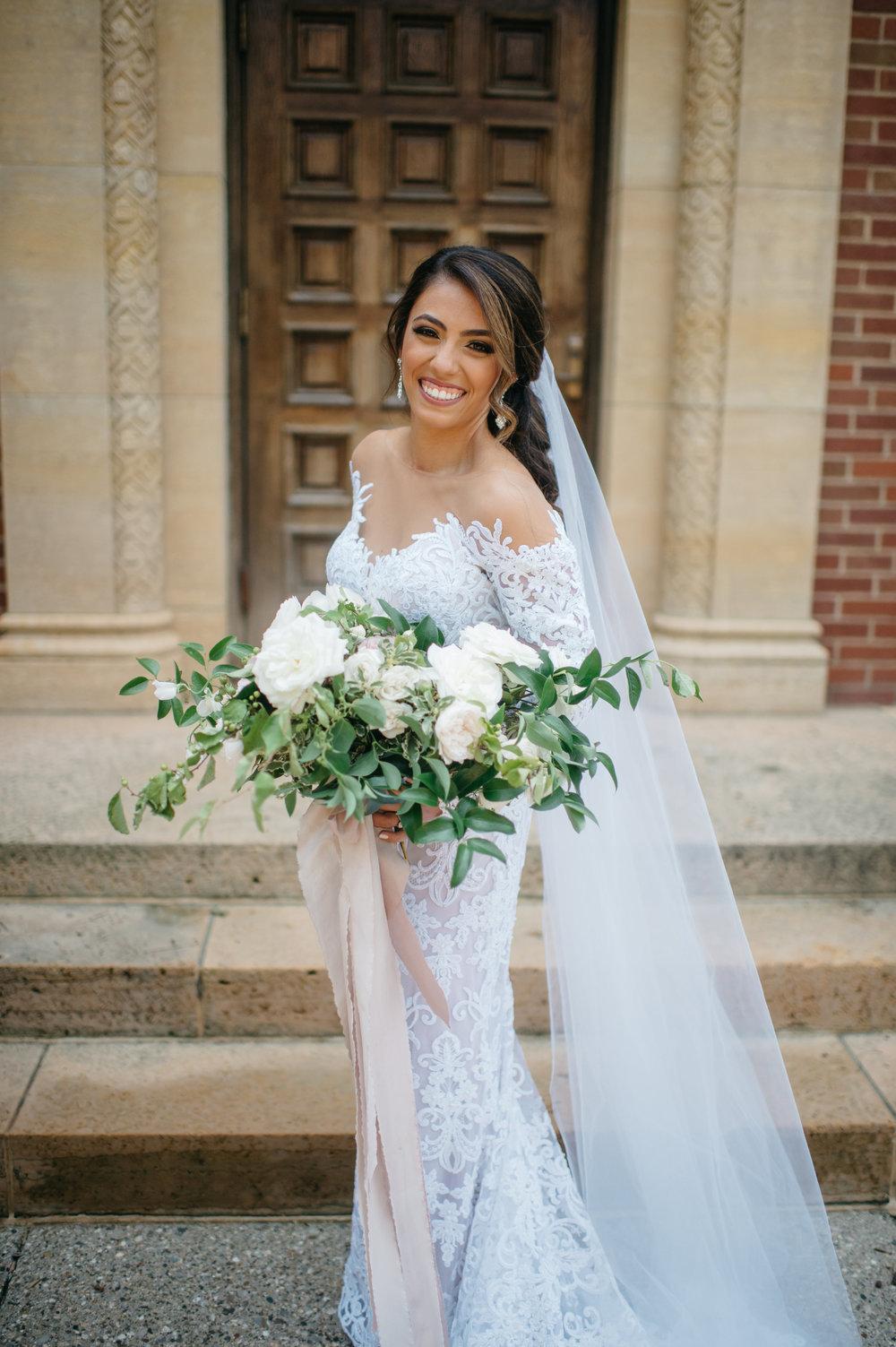 custom wedding planners michigan event design paper goods florals bouquet