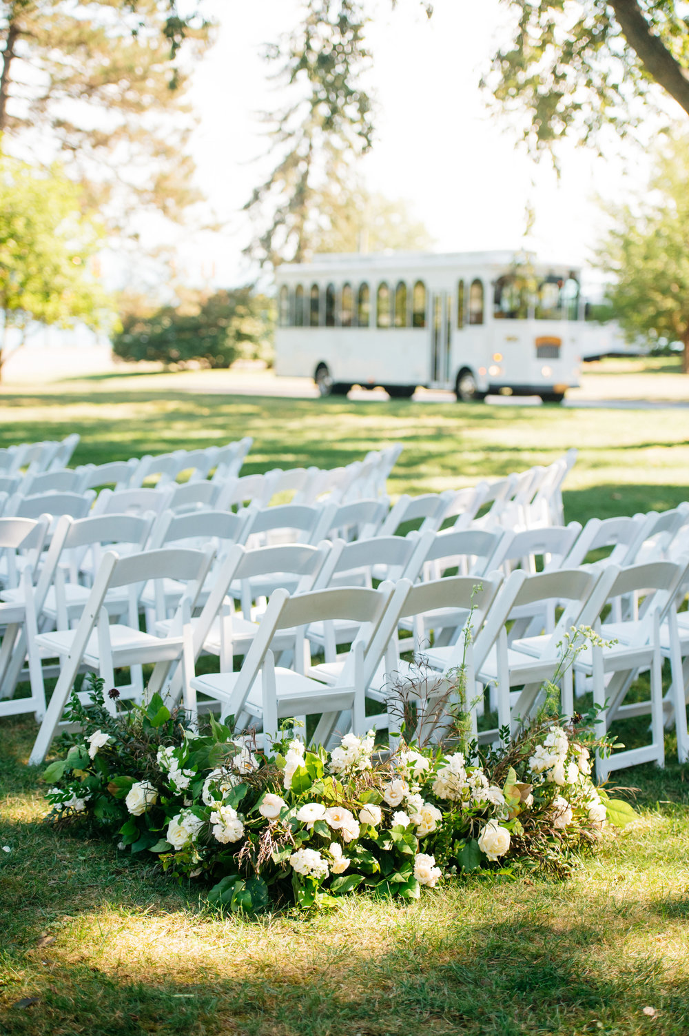 detroit michigan high end wedding planners florals outdoor ceremony