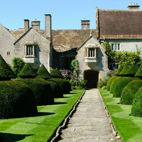 Lytes Cary Manor    https://www.nationaltrust.org.uk/lytes-cary-manor