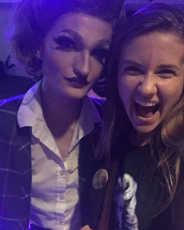 Hi did you know I'm in love with @hollyhazmat.  #killerqueens 🖤🖤