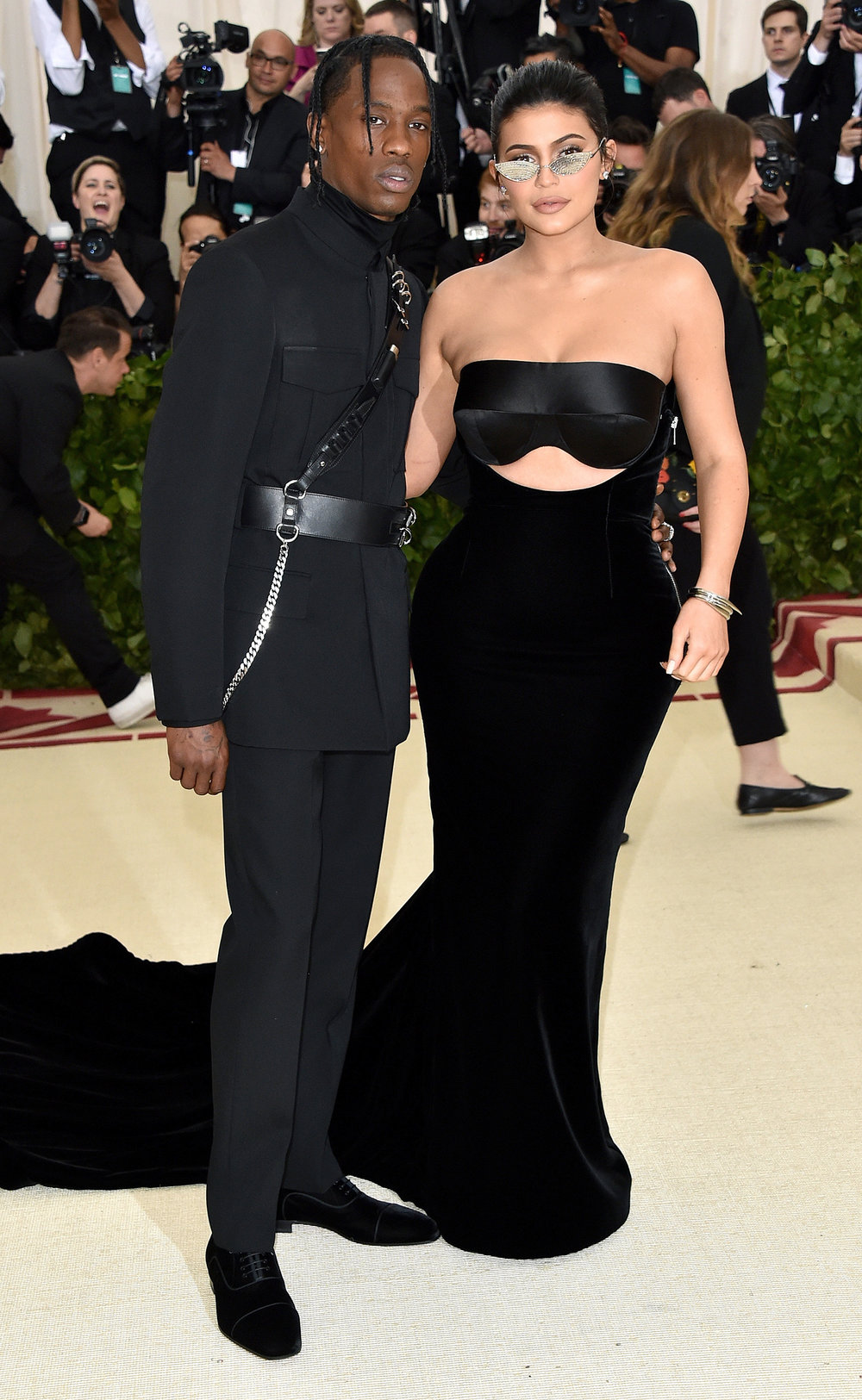 12. TRAVIS SCOTT & KYLIE JENNER