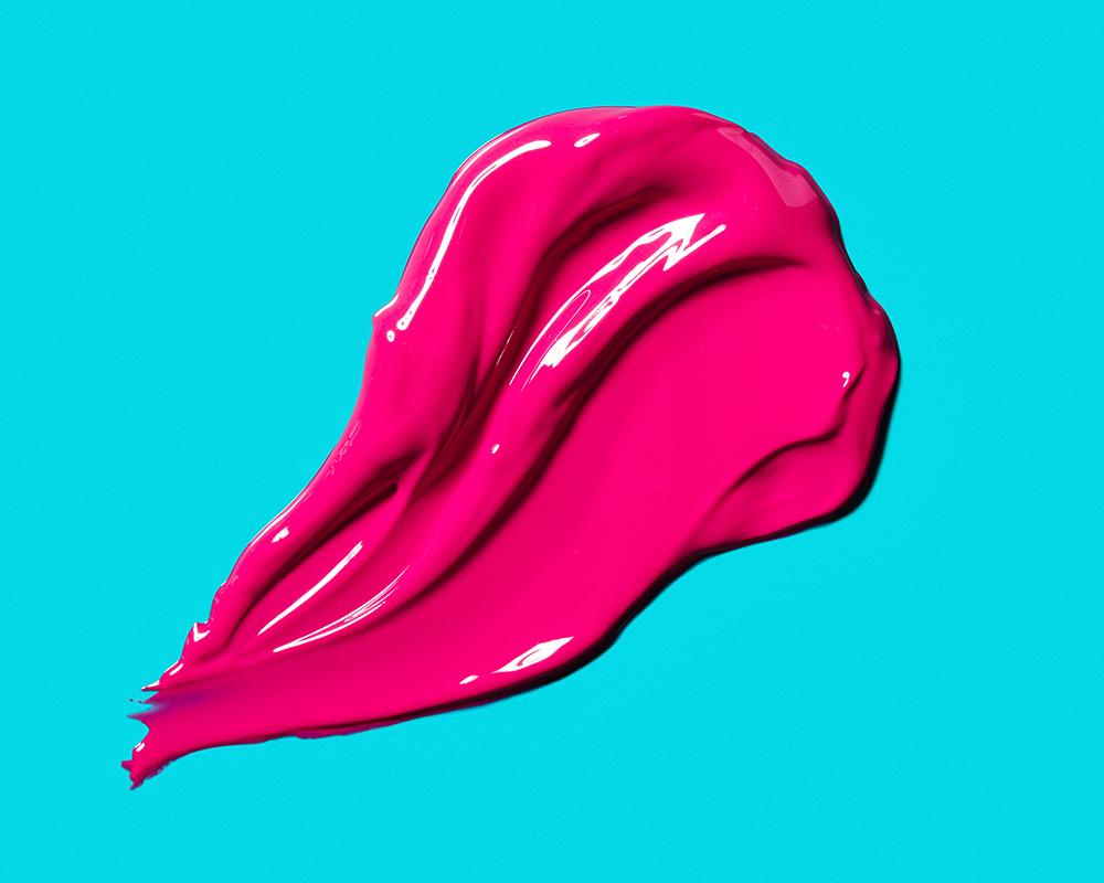 tom-medvedich-still-life-cosmetics-lipgloss-teal-01.jpg