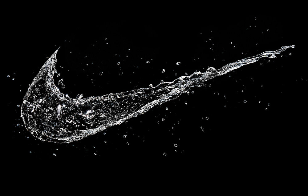 tom-medvedich-still-life-splashes-water-logo-nike-01a.jpg