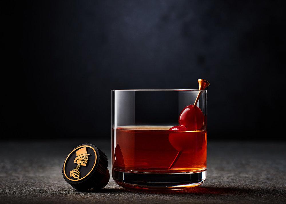 tom-medvedich-still-life-beverages-sexton-03.jpg