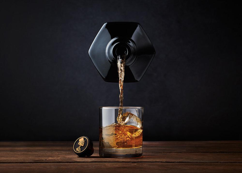 tom-medvedich-still-life-beverages-sexton-02b.jpg