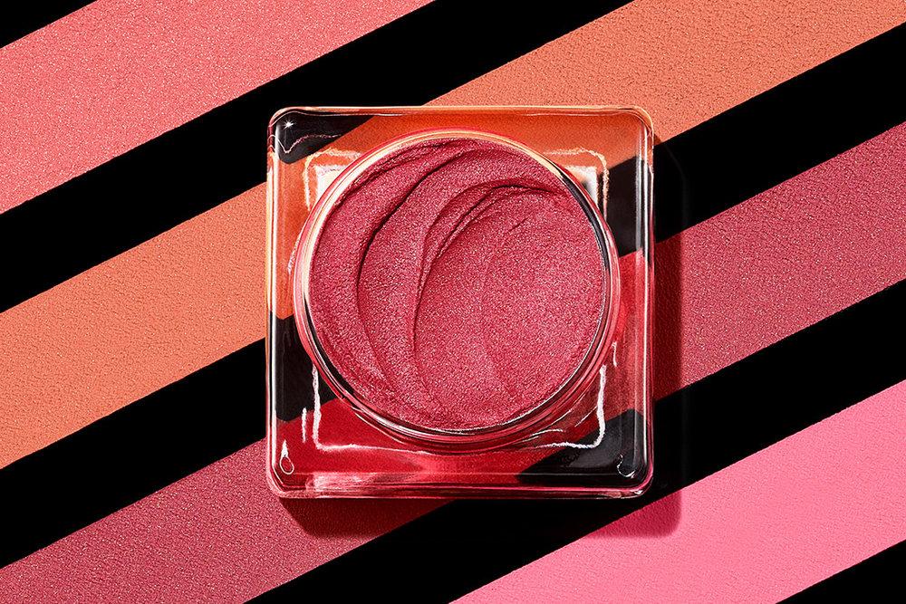 tom-medvedich-still-life-cosmetics-shiseido-Minimalist-Whipped-Powder-Blush.jpg