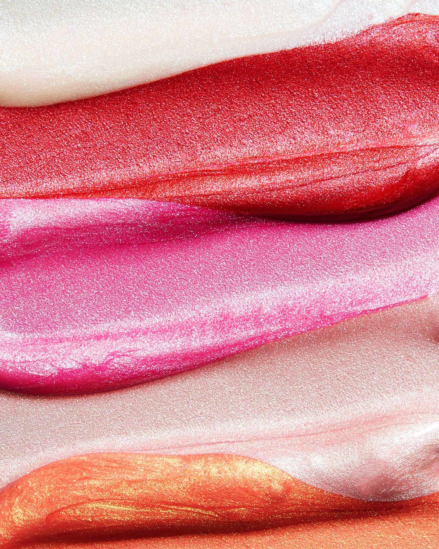 tom-medvedich-still-life-cosmetics-covergirl-Holographic-Lip-Lipstick-Swatch.jpg