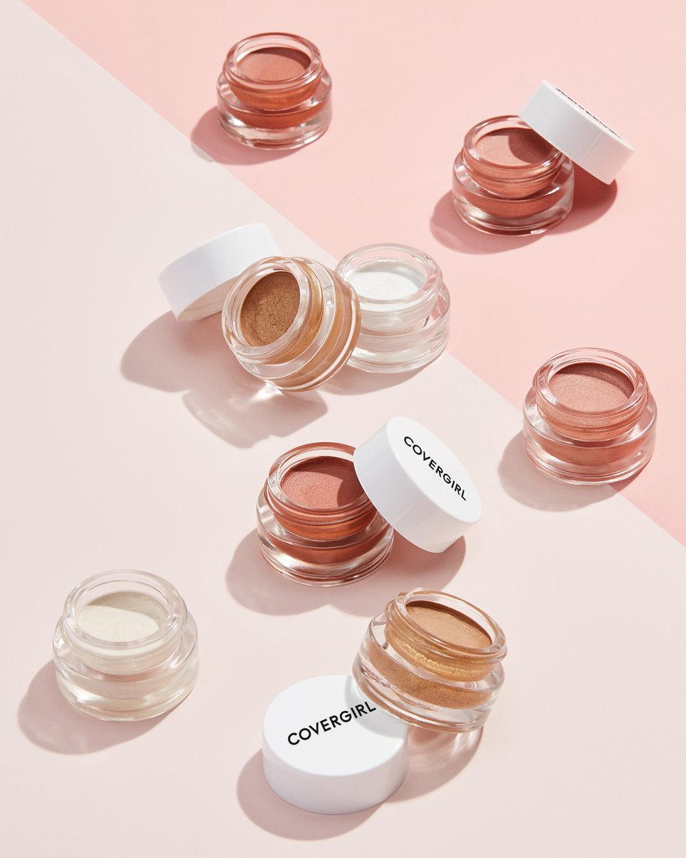 tom-medvedich-still-life-cosmetics-covergirl-Vitalist-Healthy-Glow-Highlighter-Group-02.jpg