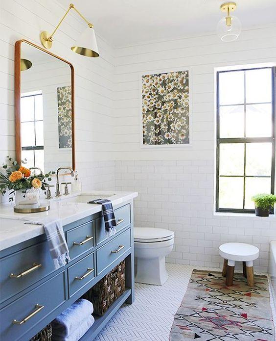 bluebathroomsink.jpg