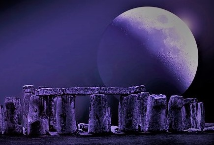 stonehenge-2290943__340 Final.jpg