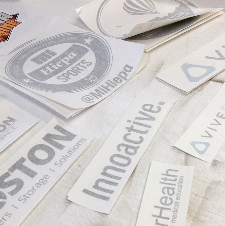 custom-vinyl-decals-lettering-transfers-maker-company-uk