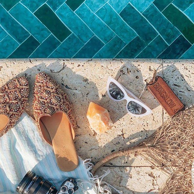 Traveling with crystals. Orange calcite to spark some creativity @ouiwegirl ✨⭐️✨ . . . #crystalheart #shopcrystalheart #orangecalcite #creativity #crystals #gems #healing #stones #chakra #heartchakra #magic #beauty #positiveenergy #orange #orangeisthenewblack #positivevibes #losangeles #brazil #usa #mind #body #soul #stone #gem