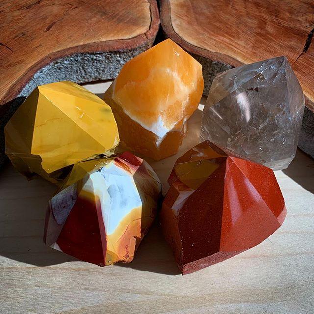 Warm tones of crystals 🔥