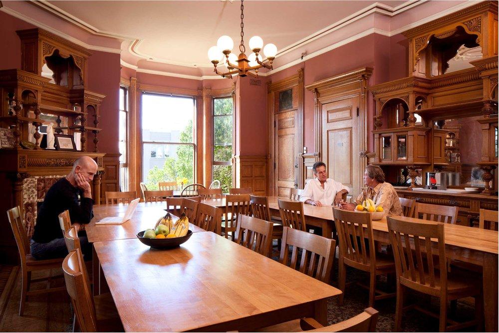 dining-room1_horiz_copy.jpg