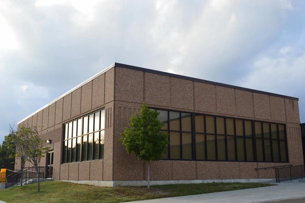 Shawnee Heights Elementary Renovation   Client: USD 450 Shawnee Heights Architect: HTK Architects