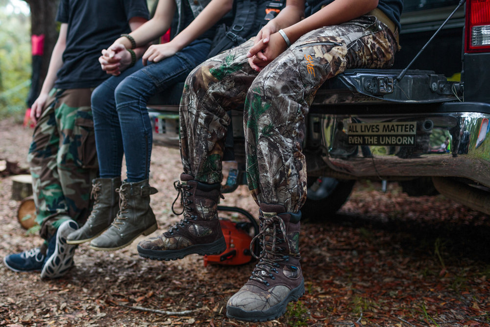 Northern Florida Survival School holds a weekend warrior training event in Keysville, Florida, in partnership with 10-Can, a non-profit organization for families of those in the United States military, 21 July 2017.