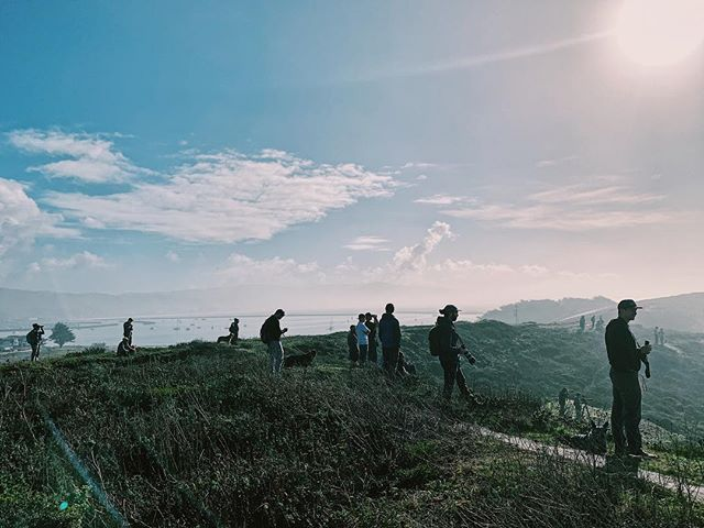 Wave watchers at Mavericks.  The surf is expected to be 30ft to 40ft today. Waiting for more consistency the @wsl was a no go for annual big wave contest today. Photo by @colleenkcummins  #everydaybayarea #catchlighteveryday #everydayeverywhere #maverickssurf