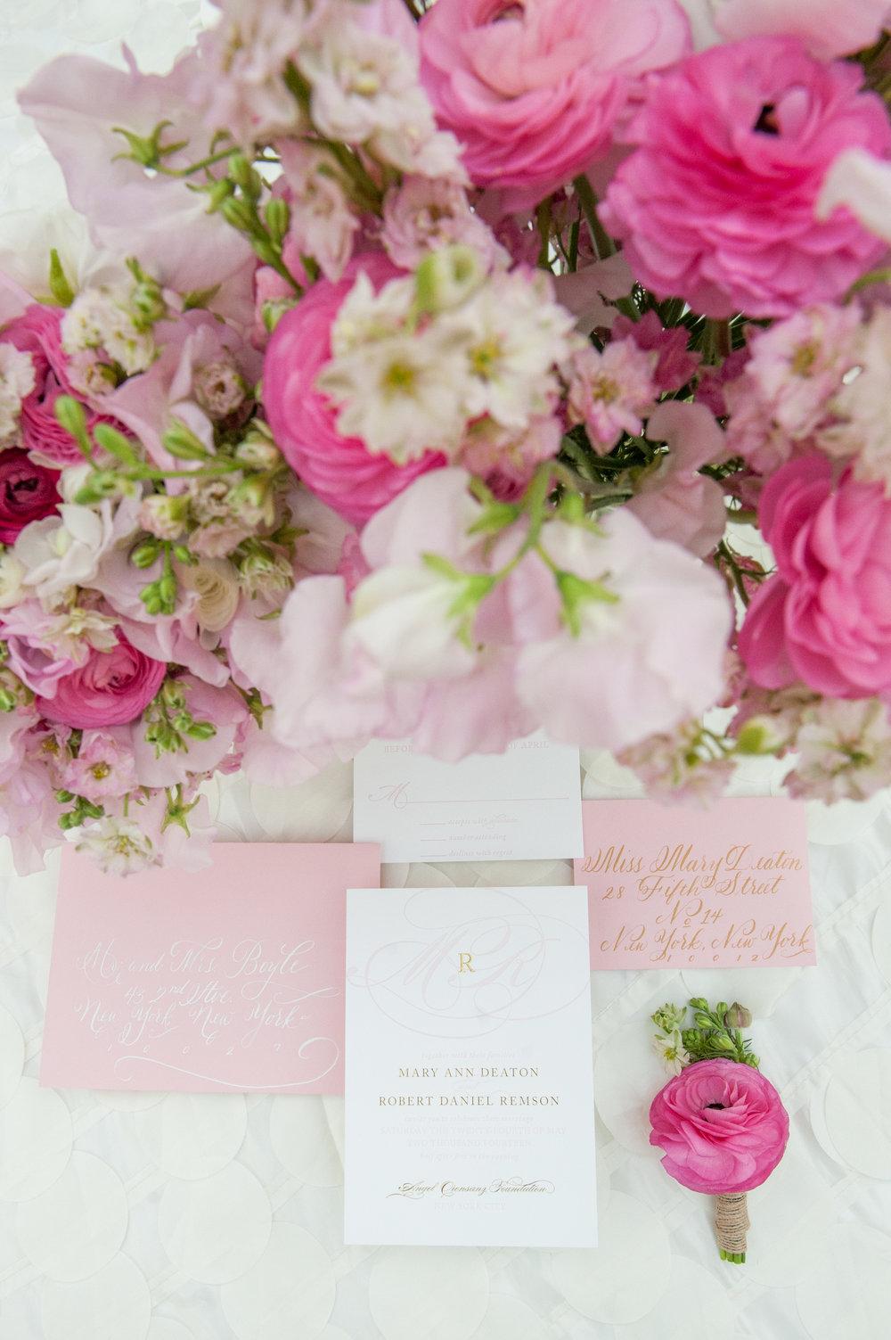 mikkelpaige-ballet_suite-pink_gold_styled_shoot-150.jpg