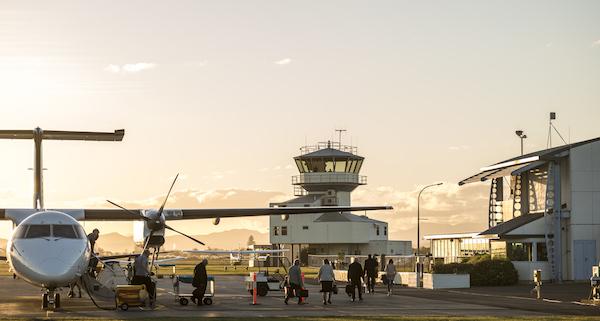 Passengers disembarking at Gisborne © Eastland Group