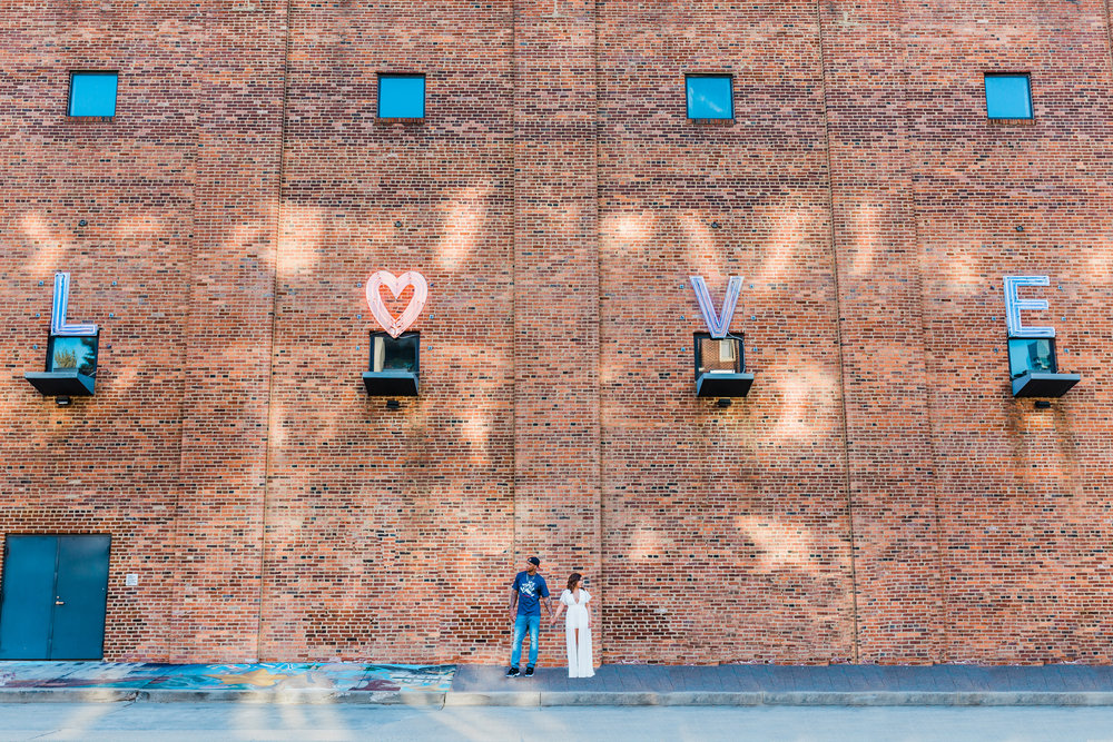 in love in maryland - baltimore engagement session