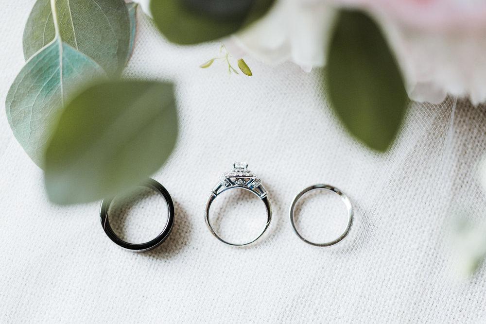 bride and groom wedding rings detail shots