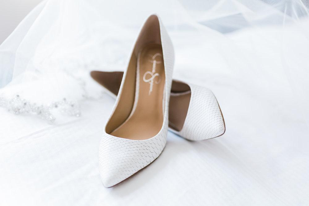 bridal details and bridal shoes pasadena md wedding celebrations at the bay