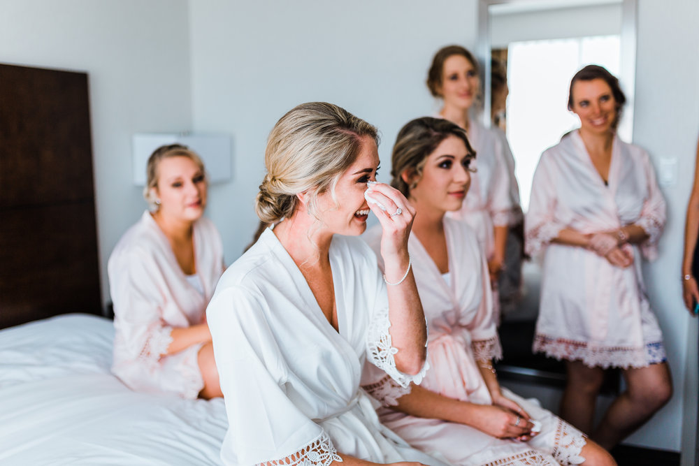 bride tears up as sister reads letter - md wedding photographer