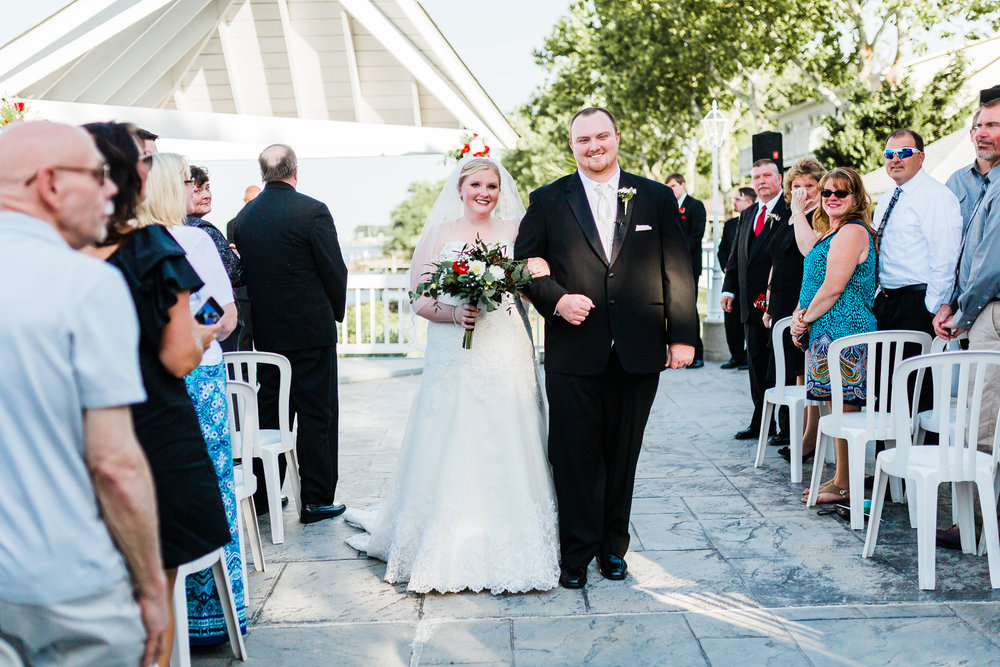 waterfront wedding venues in maryland - bayside wedding ceremony - best md wedding photographer