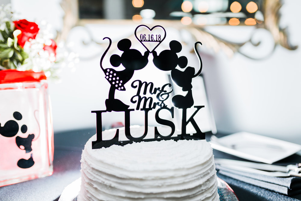 mickey mouse and minnie mouse disney wedding cake - md wedding photographer