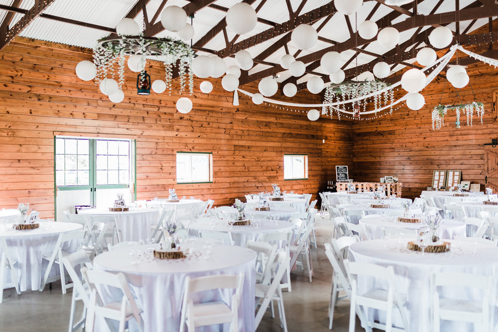 barn wedding receptions in maryland - best md wedding photographer