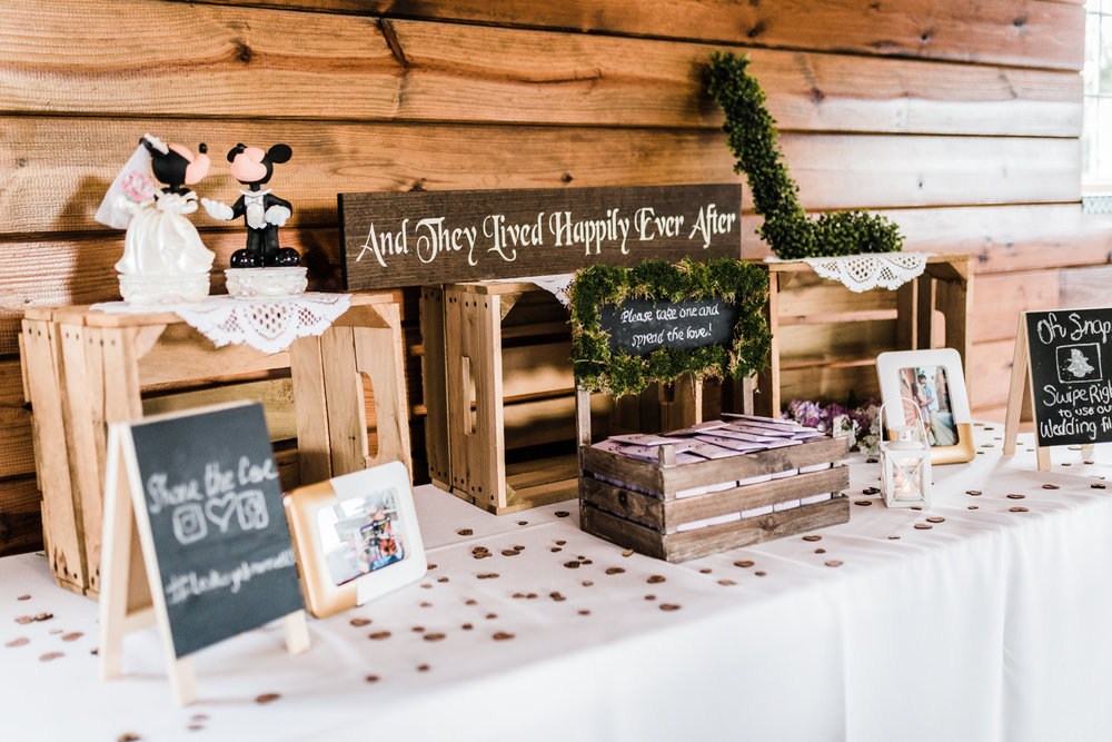 wedding favor ideas - wedding reception decor - maryland wedding photographer and videographer