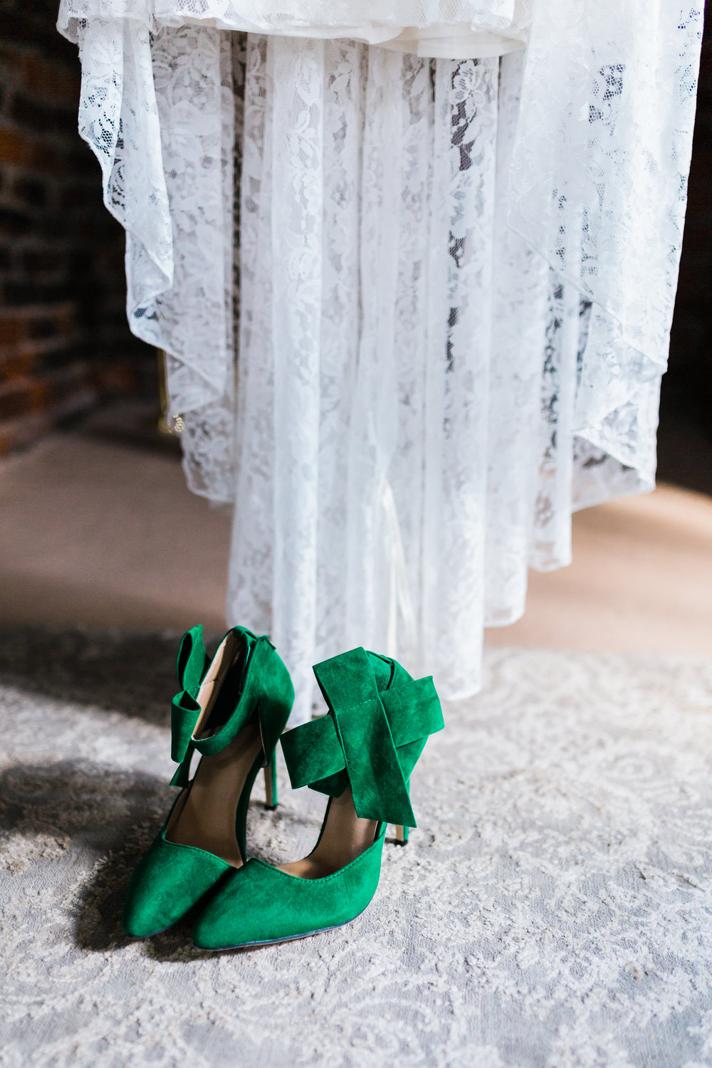 green wedding shoes - unique bridal shoes - emerald green high heels - top md wedding photo and video