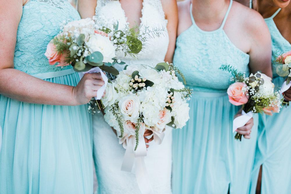 bridal bouquet with bridesmaids bouquets - mint wedding inspo