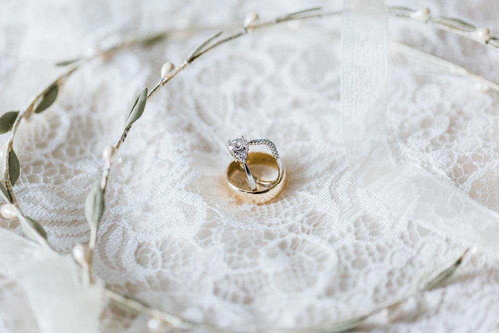 greek-wedding-crowns.jpg
