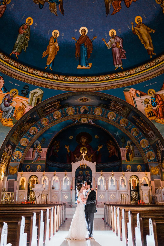 greek-church-couple-photo.jpg