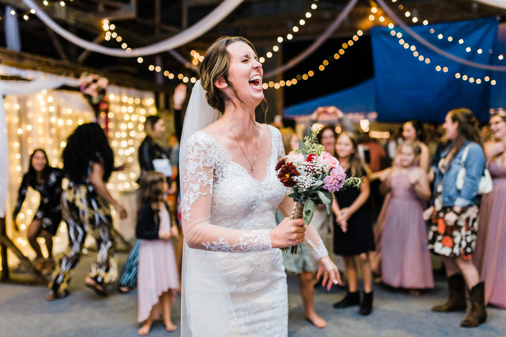 bride-bouquet-toss.jpg