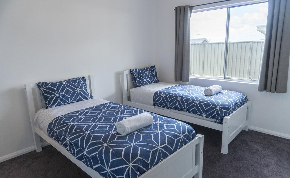 O&E TWIN BEDS 2.jpg