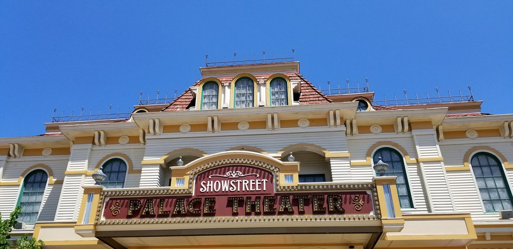 Dollywood's Showstreet Palace Theater is the home of the Kingdom Heirs, a Southern Gospel group that's been a part of the park for years.