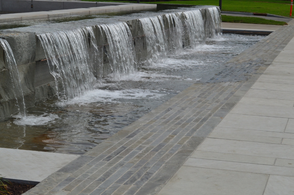 The plaza and water feature next to the entrance of the new Tennessee State Museum represents the geography and importance of rivers to the state.