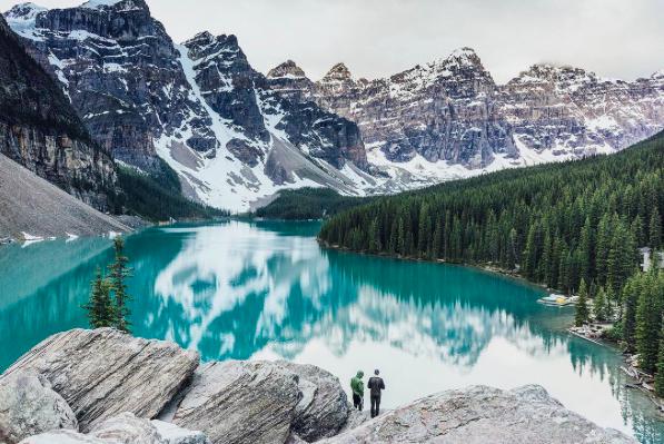@Moraine Lake, Banff National Park (图片来自网络)