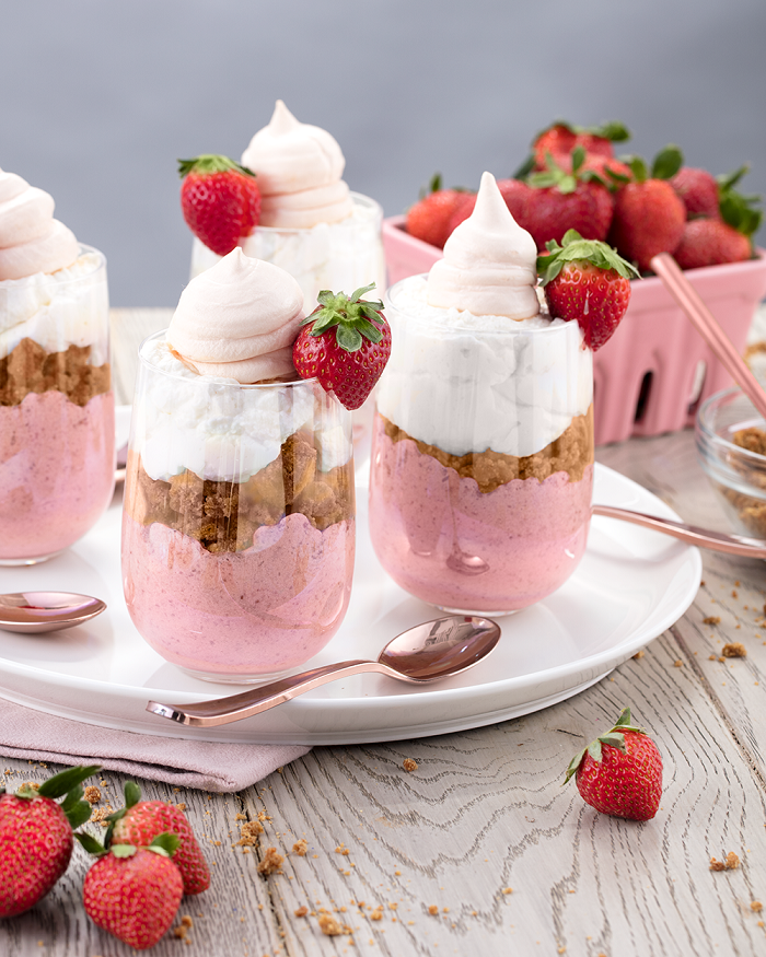 Baileys-Strawberries-and-Dream-Mousse_Mini-Melanie.png