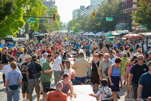 Crowd-Shot-5-promo-worthy-web-size-Food-Truck-Fest-2014.jpg