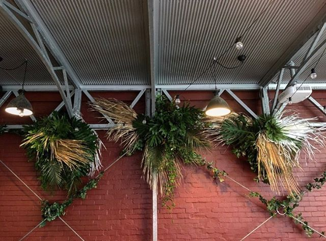 • TEXTURAL TROPIC VIBES • Created these at the amazing @thestablesbar on Sunday for our babe Ashleigh! Can you tell we hid giant misting fans under all that green?! Hehe SNEAKY! 🍂